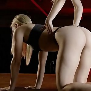 Yoga session with a big round ass Mummy who gets naked