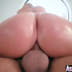(Brooklyn Chase) Horny Girl With Big Ass Get Oiled And Anal Bitchy clip-10