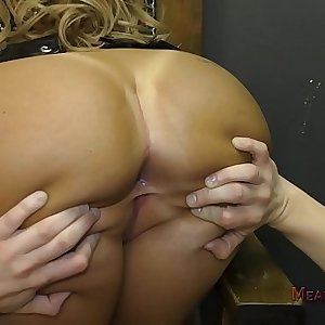 Richelle Ryan Ass Worship and Female dom