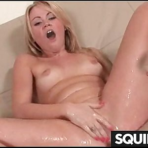 SQUIRT Woman 21
