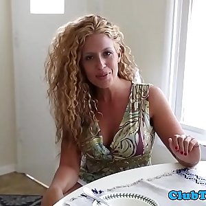 Unexperienced mummy stroking dick and kittling balls