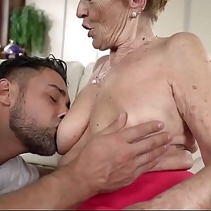 Old Slut With Big Tits and Large Ass Gets Banged
