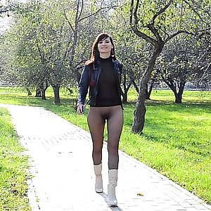 Jeny Smith seamless pantyhose suit public flash