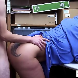 Horny blonde cop seduced a thief to banged her pussy