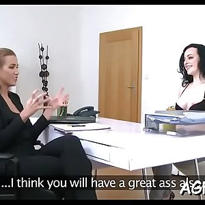 Female agent is about to jizz