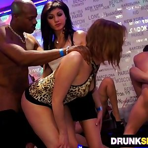 party babes loving big dicks