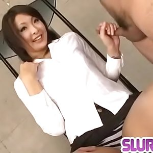 Reina Mizuki finger fucked and made to suck a big dick